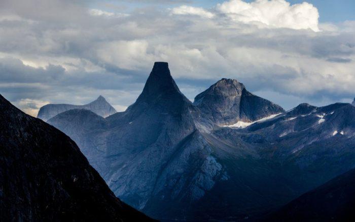 Гора Стетинд, Норвегия