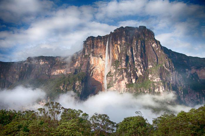 Водопад Ангел-Фоллс, Венесуэла