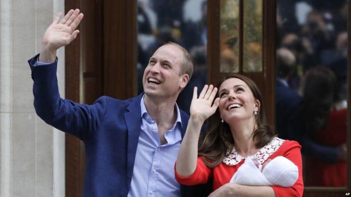 У Принца Уильяма и герцогини Кембриджской родился мальчик