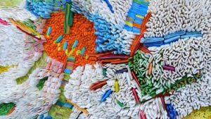 Южнокорейский художник подарил миру бумажное искусство